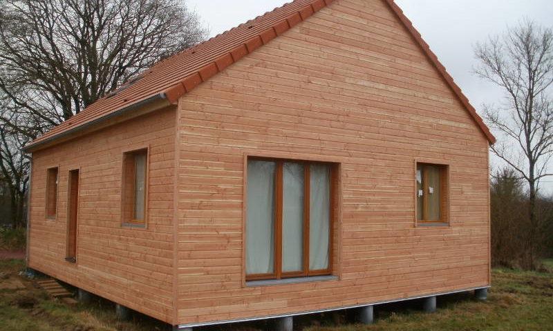 maisons en bois pas cher de maison bois maison bois prigord with maisons en bois pas cher with. Black Bedroom Furniture Sets. Home Design Ideas