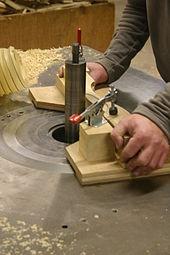 outillage pour travailler le bois
