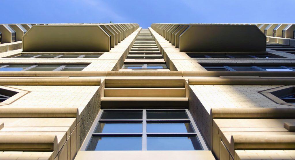 beton exterieur coloré